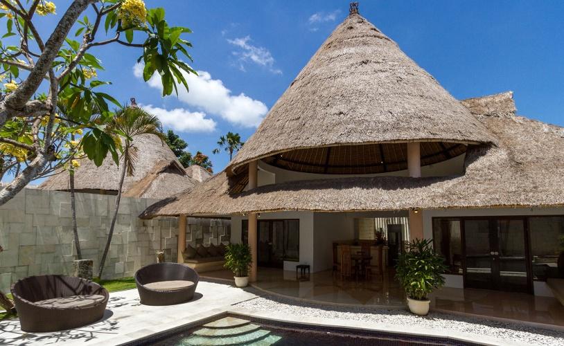 bViila + seaside 2 bedroom villa